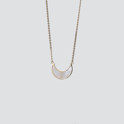 Hue Necklace (White Nacre/Gold)