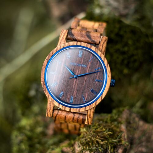 Fall morning is a wood watch made of zebrawood and wenge