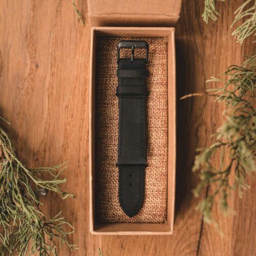 Leather strap 22mm (Black/Black)