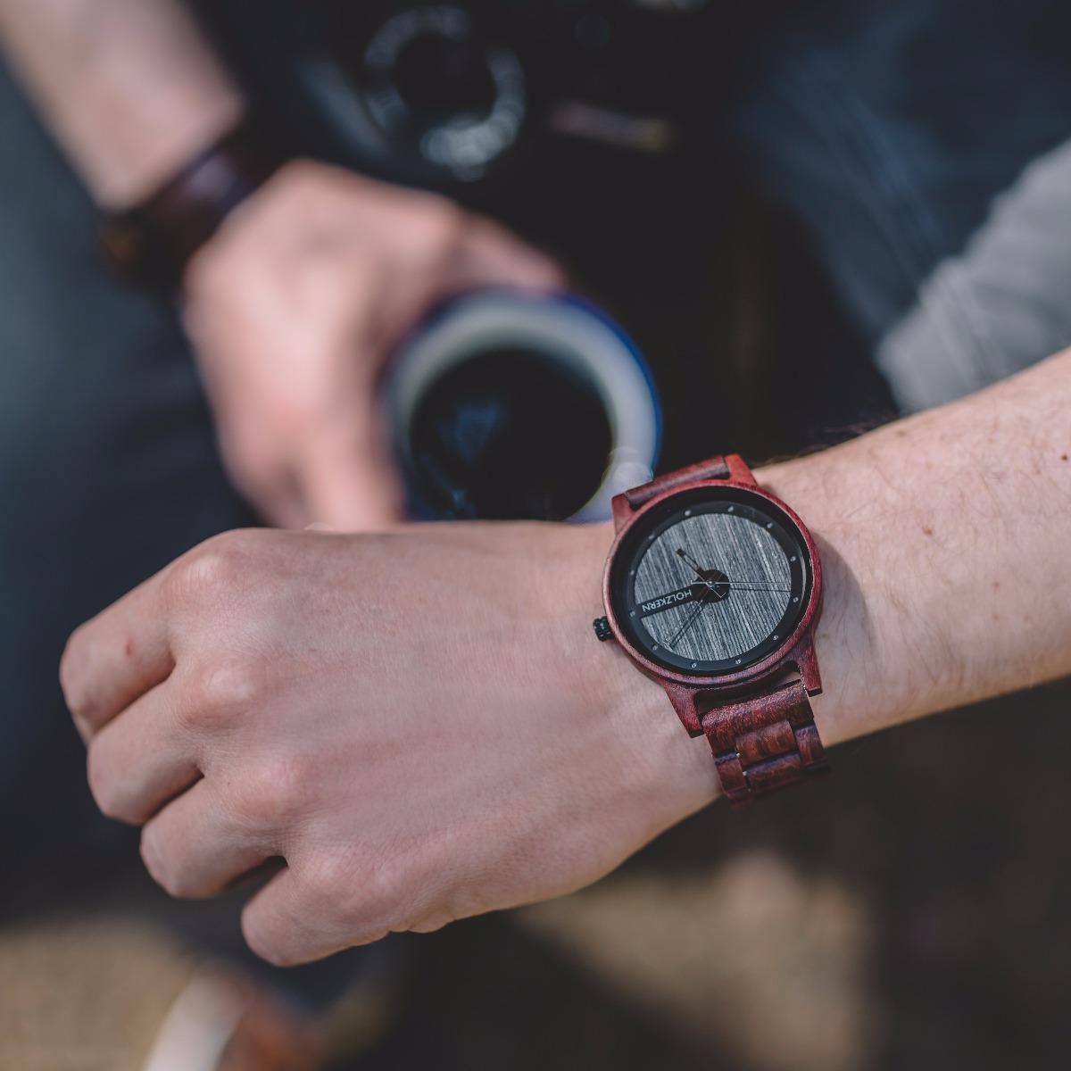 Wooden watch Matterhorn is a combination of grey and brown tones