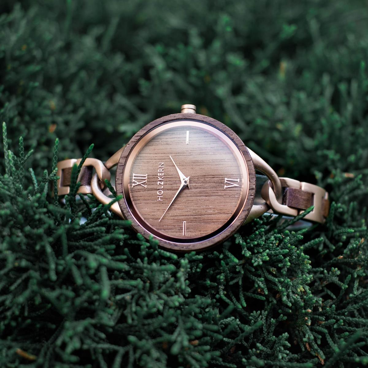Women's wood watch Silk Fiber on the greenery